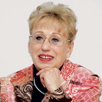 Dr. Margarete Czerny